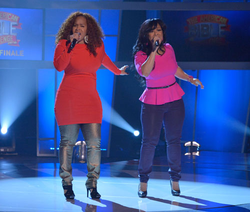 mary_mary_performs_on_gsn_s_the_american_bible_challenge